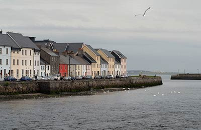 Dun laoghaire ferry compare prices times book cheap - Rosslare ferry port arrivals ...