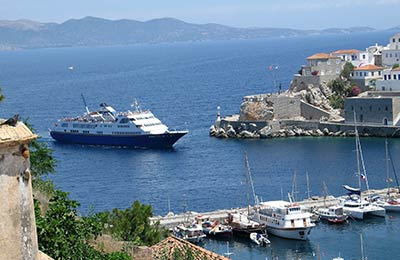 Find Saronic Islands ferries